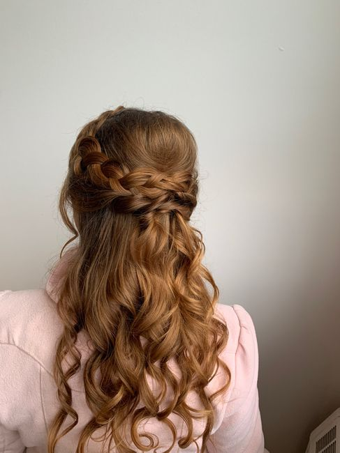 Poll: What is your wedding hairstyle? 9