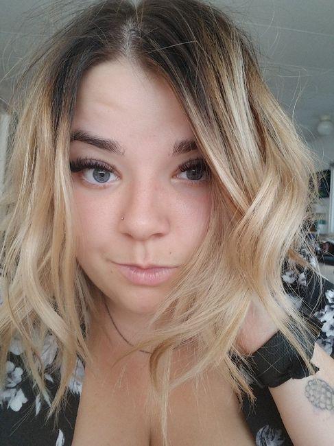 Light hair or dark hair? 3