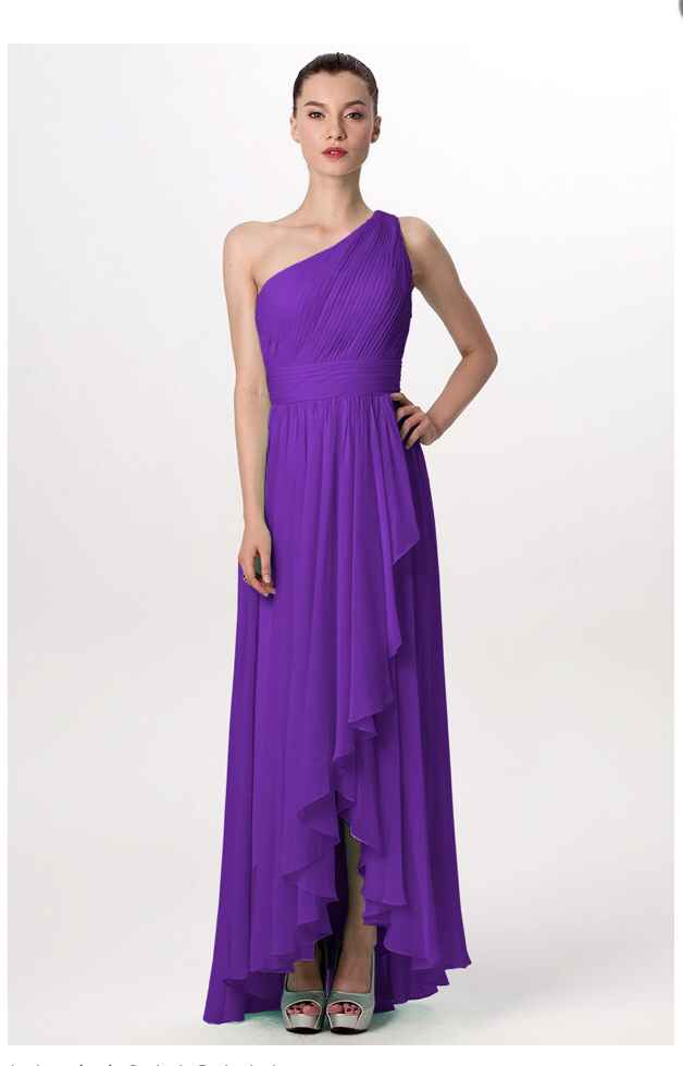 Show off your bridesmaid dresses! - 1