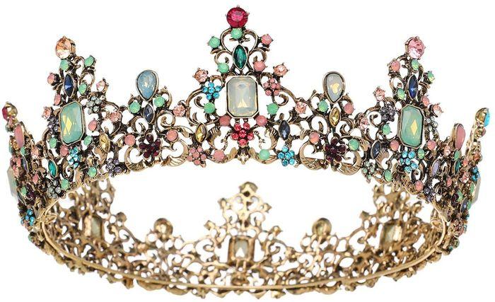 Wearing a crown or tiara for wedding? 4