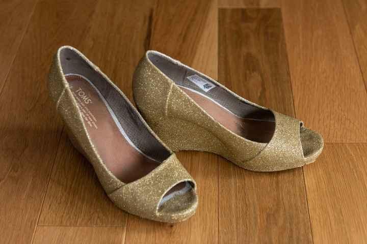 my DIY glitter shoes