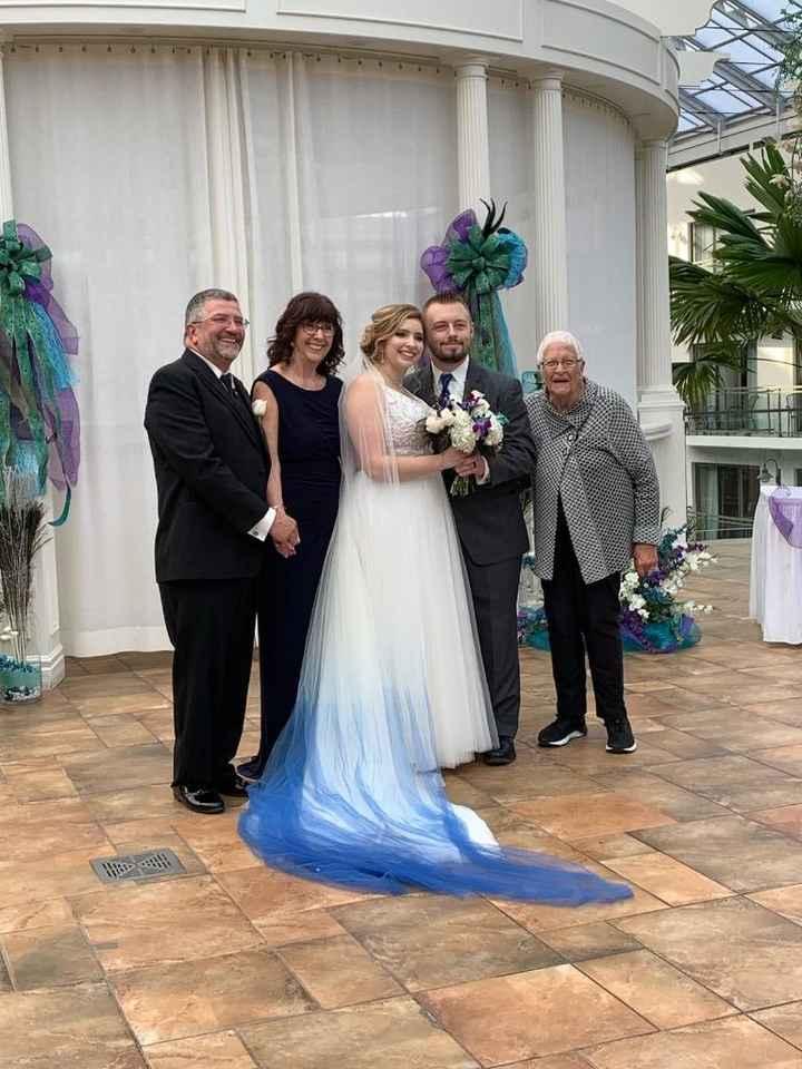 Bride family with Grandma