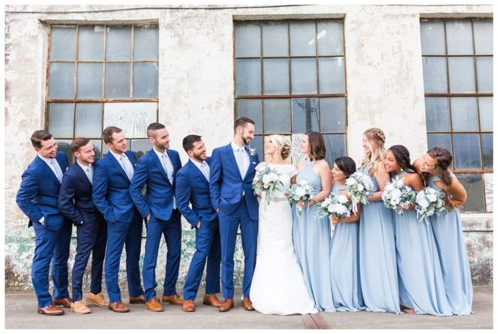 Coordinating the bridesmaids with the groomsmen 2