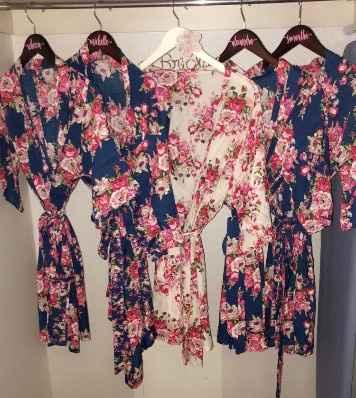 bridesmaid gift - robe and hangar