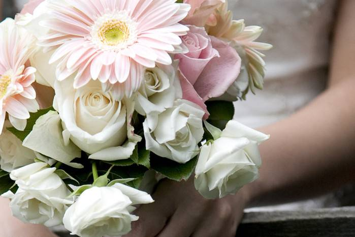 Hamilton, Ontario wedding flowers